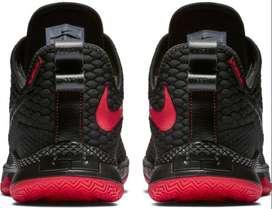 Zapatillas Nike Lebron witness III TALLE 8.5 US - 9 US