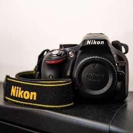 Cuerpo Camara Reflex Nikon D5200 sin Lente