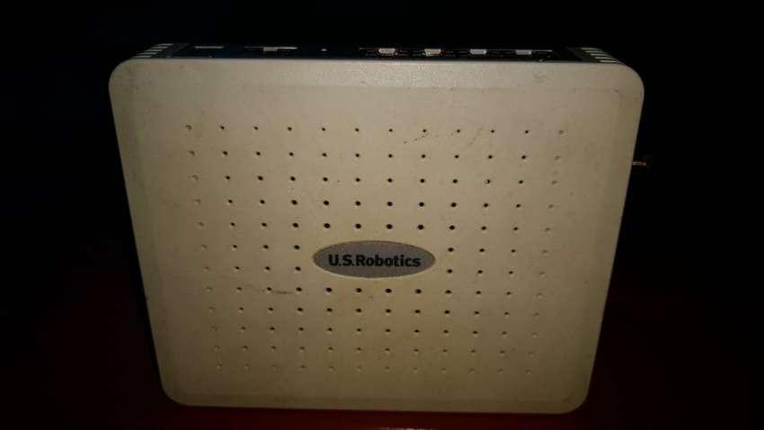 Vendo router muy poco uso. p/ ambiente chico 0