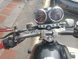 Moto GS 125, modelo 2009,