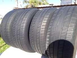 Vendo. 4 neumáticos 265.65.17