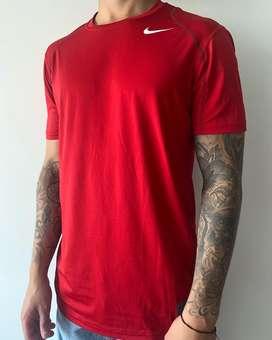Camiseta deportiva de hombre talla M