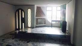 Oportunidad Casa en Venta, ubicación estratégica cerca a universidad Mariana y centro, muy amplia,