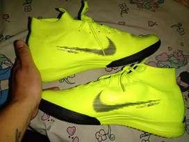 Zapatillas Nike Flyknit talla 43