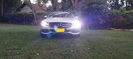 Se vende Mercedes c180 turbo único dueño solo 23000 kilómetros revisiones al dia
