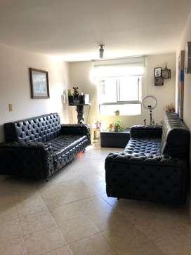 Se vende sofa en cuero