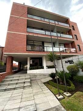 Rento departamento de 3 dormitorios en Quito Tenis
