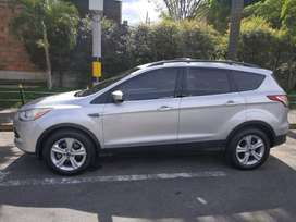 Ford Escape 4x4 SE Refull