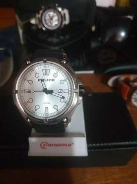 Vendo o permuto reloj POLICE original usado