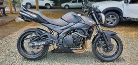 Suzuki Gsr600 Naked Hermosa Al Dia