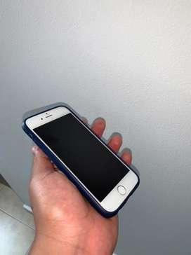 Se vende iphone 6 dorado de 16gb