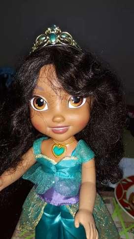 Vendo muñeca Princesa Jazmin de pelicula de Aladino