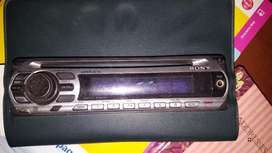 CD PLAYER SONY Y BOCINAS MEMPHIS .