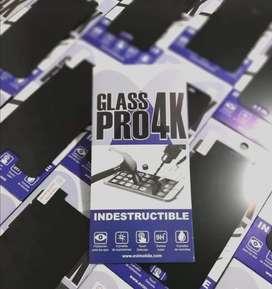 Nuev vidrio carbono anti golpes  glasspro4k lo último   nunca se te daña ni se rompe. tenga el golpe q tenga tu cel