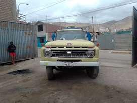camión Ford 600 1966