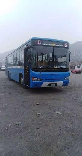 BUS DE 12 m GNV EN EXCELENTE ESTADO,