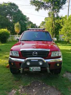 VENDO MAZDA B2500 TURBO DIÉSEL intercooler