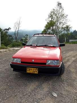 Renault 9 personnalite