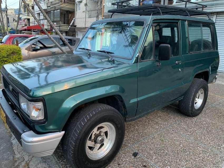 Vencambio Chevrolet Trooper Dlx 2.6 Modelo 94 full 4x4 TECNO NUEVA 0