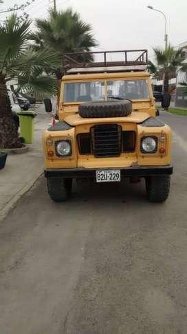 Vendo Camioneta Land Rover motor Toyota v110500