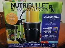 Nutribullet RX original nuevo en caja sellado con 10 piezas adicionales.