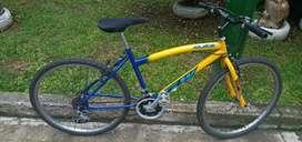 Bicicleta todo terreno rin 26 amarilla