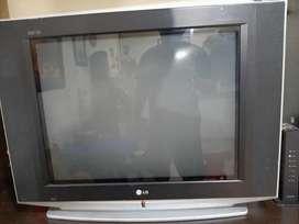 Televisor LG modelo 29FS4RK super Slim con control remoto