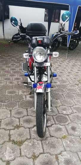 Vendo moto MOTOR1 200CC casi nueva