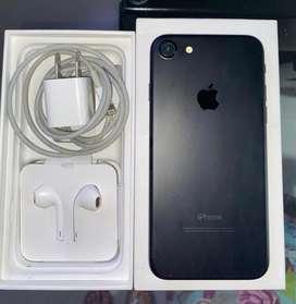 Vendo IPhone 7 !! Aun tiene garantia hasta Marzo 2020