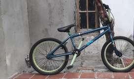 Bicicleta Bmx con 3 Meses de Uso