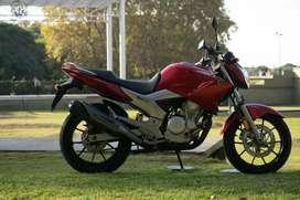 Yamaha Ys250 Fazer 2012 impecable.