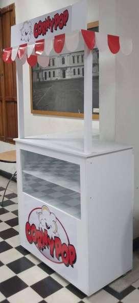 Mueble con vitrina para ventas