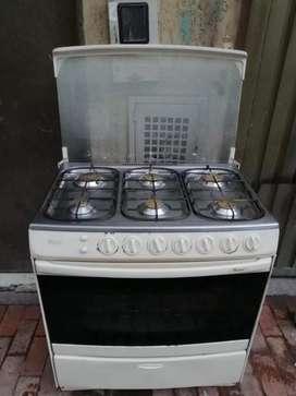 Estufa 6 puesto con horno