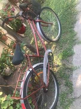 Bicicleta tipo playera, buen estado