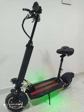 Monopatín eléctrico kugoo m4