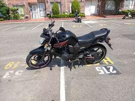 Se vende moto fz en excelente estado.