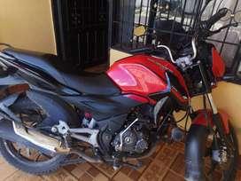 Se vende moto discover125