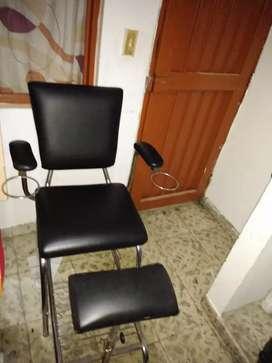 Vendo silla para peluquería en perfecto estado
