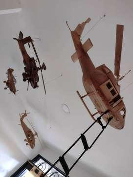 se vende helicopteros en madera cedro.