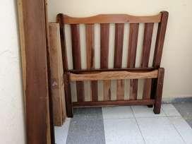 Cama 1 x 190 buena madera