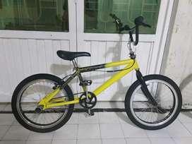 Vendo Bicicleta BMX o Cross