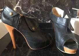 Zapatos ecocuero boca de pez negros tañle 36/37