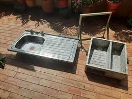 Vendo Lavaplatos y Lavadero