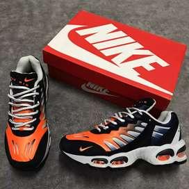 Nike D.99.