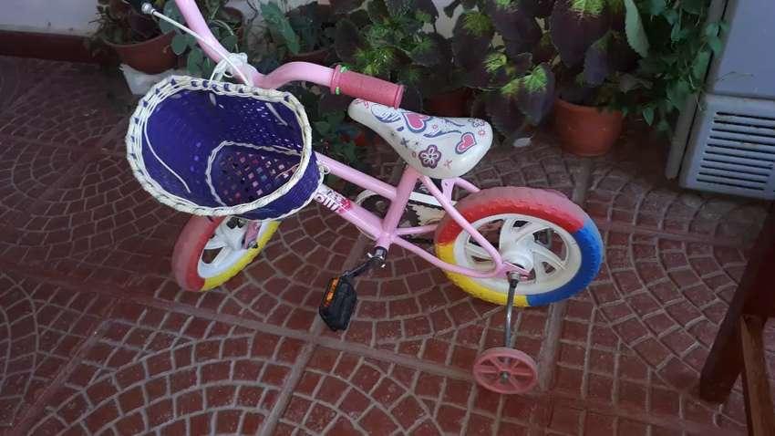 Bicicleta marca tomaselli 0