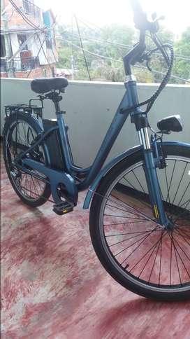 Se vende bicicleta eléctrica GW curitiva
