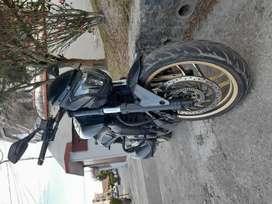 Vendo dominar 400 cc