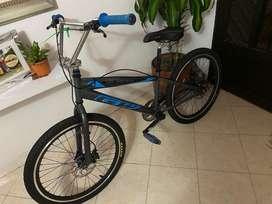Bicicleta Gw cruzeiro rin #24