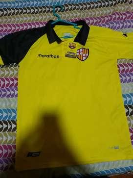 Vendo camisa de Barcelona talla m mediano