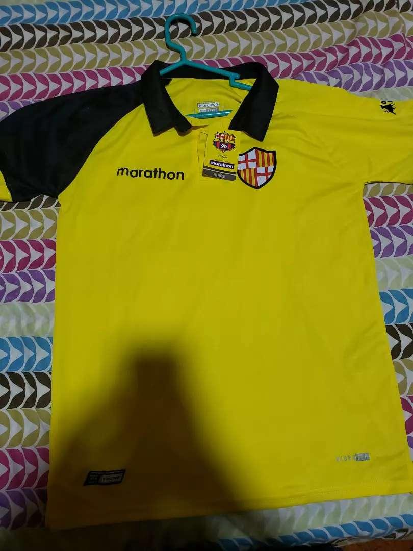 Vendo camisa de Barcelona talla m mediano 0